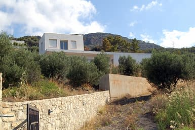 1 Beautiful Villa in Makrigialos