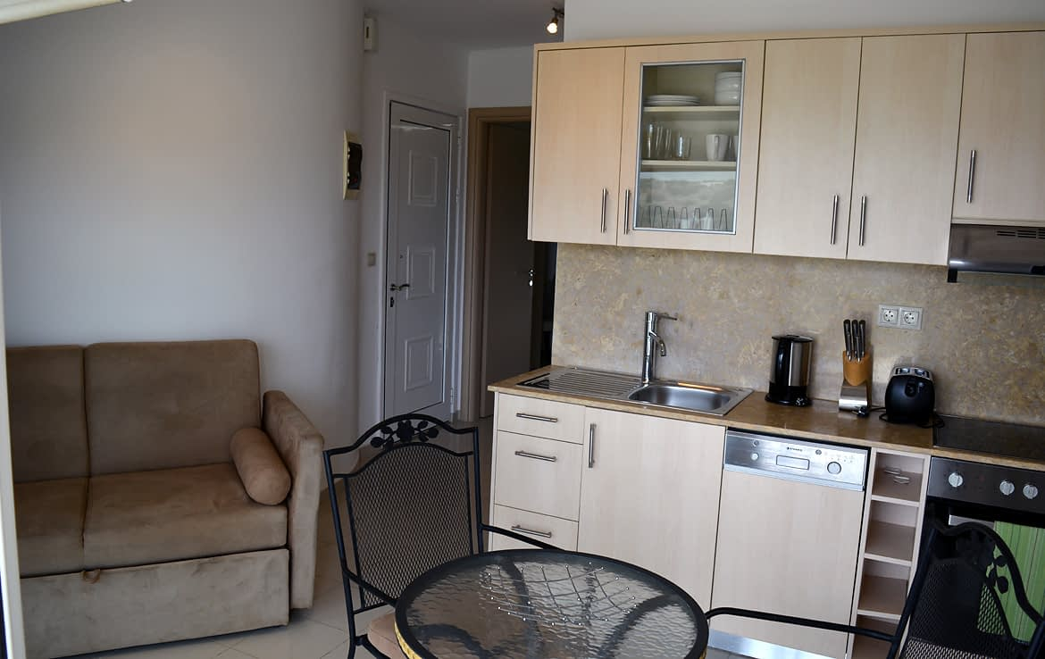 1 bedroomed Penthouse in Lagada