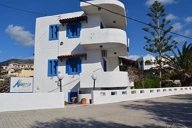 Beach Front Apartments Kalamokania